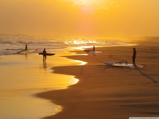 surfers-wallpaper-1152x864